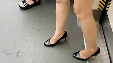 Chinese Candid Legs