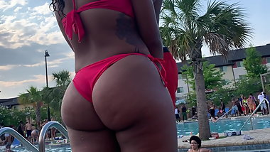 Round and Brown Ebony Teen In Bikini
