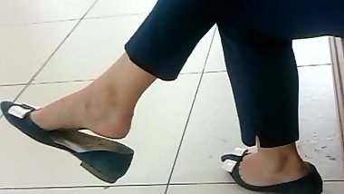 candid feet ladyes at mall compilation 30.06.2017 HD