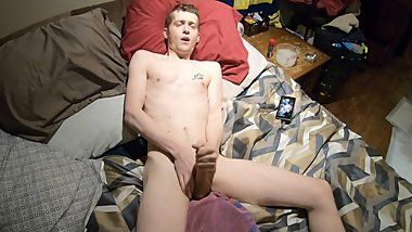 HOT COLLEGE TEEN VIRGIN FLINT WOLF RUBS CUM ALL OVER HIMSELF!