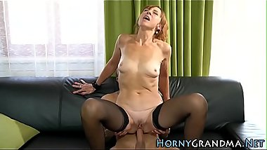 Older woman cum sprayed