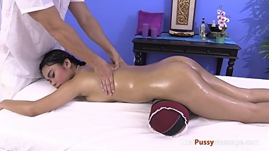 Big Titty Oil and Pussy Massage, Free HD Porn 5b
