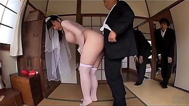 JAV - Dad licked ass her daughter before sending her daughter to get married