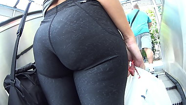 Teen Model with big Ass and hard Nippel!!! Must See!!!
