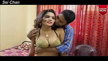 Hindi short Film VERY HOT & SEXY INDIAN BHABHI'S ROMANCE