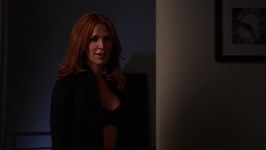 Poppy Montgomery - ''Unforgettable'' s1e04 02
