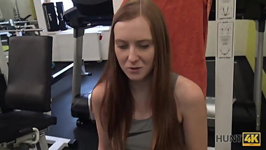HUNT4K. Spontaneous pickup in the gym causes passionate sex