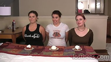 049-Wednesday-Kimberly-London-Pie-Eating-Contest-HD