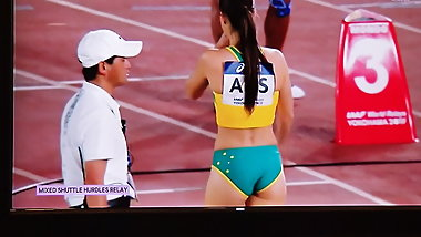 Australian Track Wedgie Picker