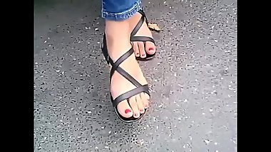 candid feet with long toes in sandals closeup CAM07011 HD