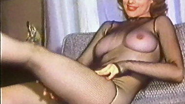 I'M A WOMAN - vintage 60's beauty teases