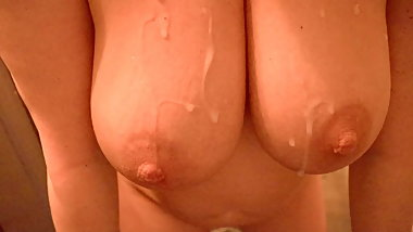 Big Boobs Mommy takes morning cum load